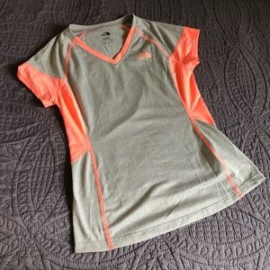 The North Face Women's Gray and Pink Athletic Tee
